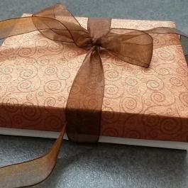 Krabička papírová hnědá 2