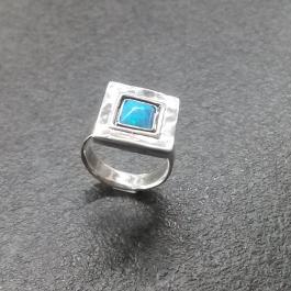 Stříbrný prsten AG0515O